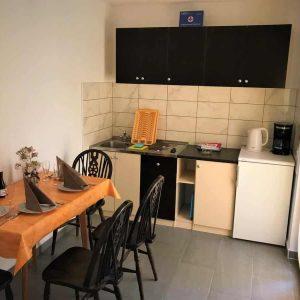 APPFive-kitchen1