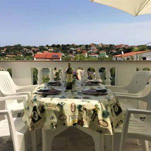 APPFour-terrace