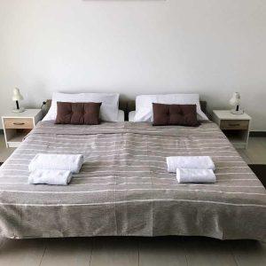 APPSix-bedroom1
