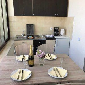 APPTwo_kitchen2